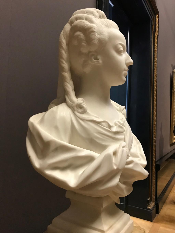 Buste de Marie-Antoinette par Jean-Baptiste Lemoyne Img_9712