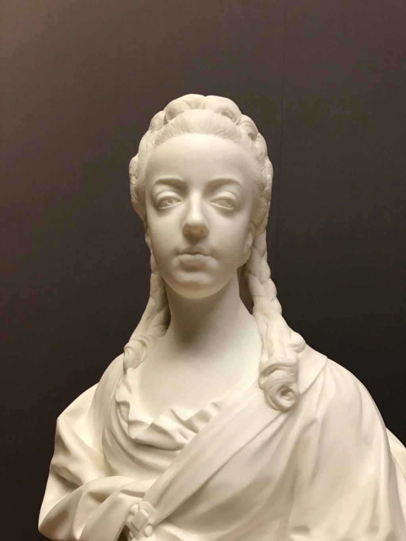 Buste de Marie-Antoinette par Jean-Baptiste Lemoyne Img_9713