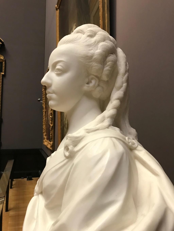 Buste de Marie-Antoinette par Jean-Baptiste Lemoyne Img_9714