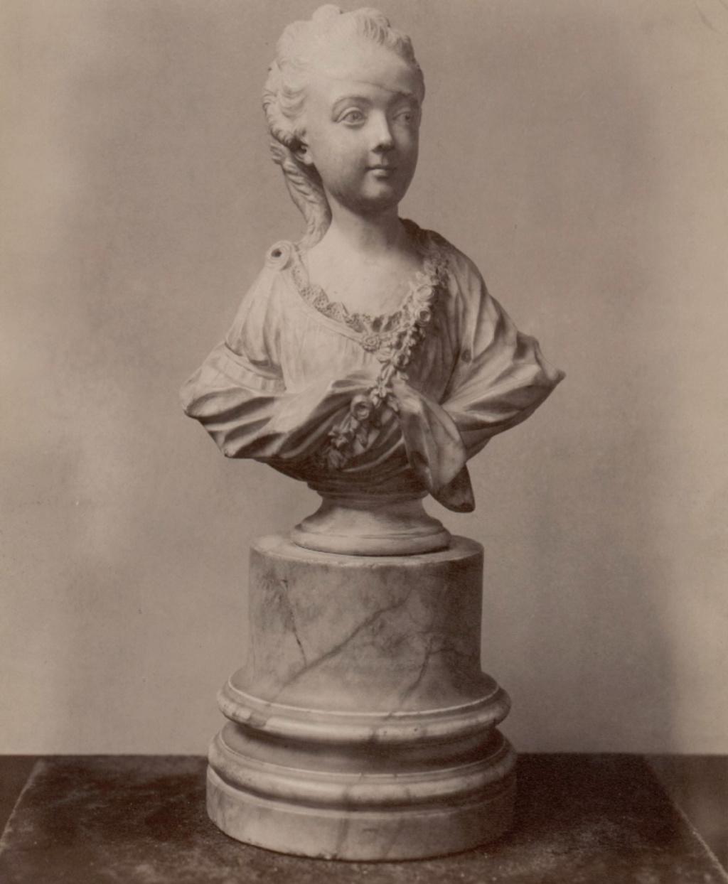 Bustes de Marie-Antoinette non attribués Joseph10