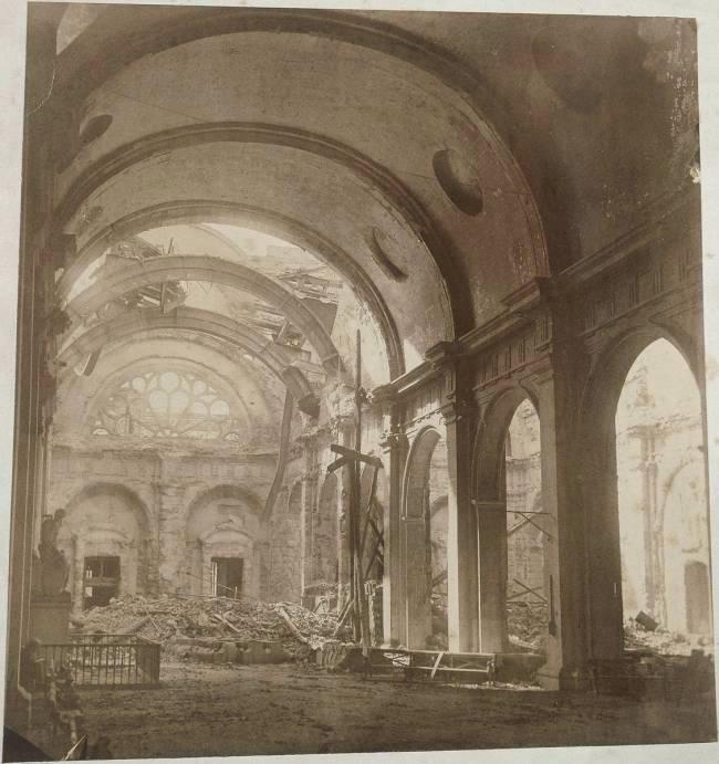 Le palais de Justice de L'île de la Cité, Paris, et la salle du Tribunal révolutionnaire La_sal10