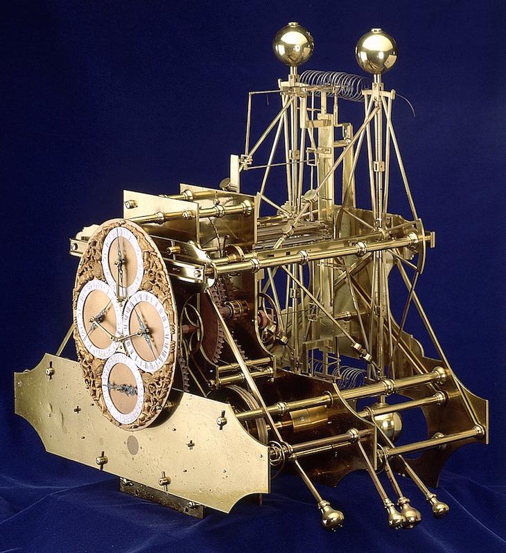 Latitudes et longitudes, les instruments de mesure du temps pour les voyages : chronomètre de marine, cadrans solaires et boussoles du XVIIIe siècle Large-11