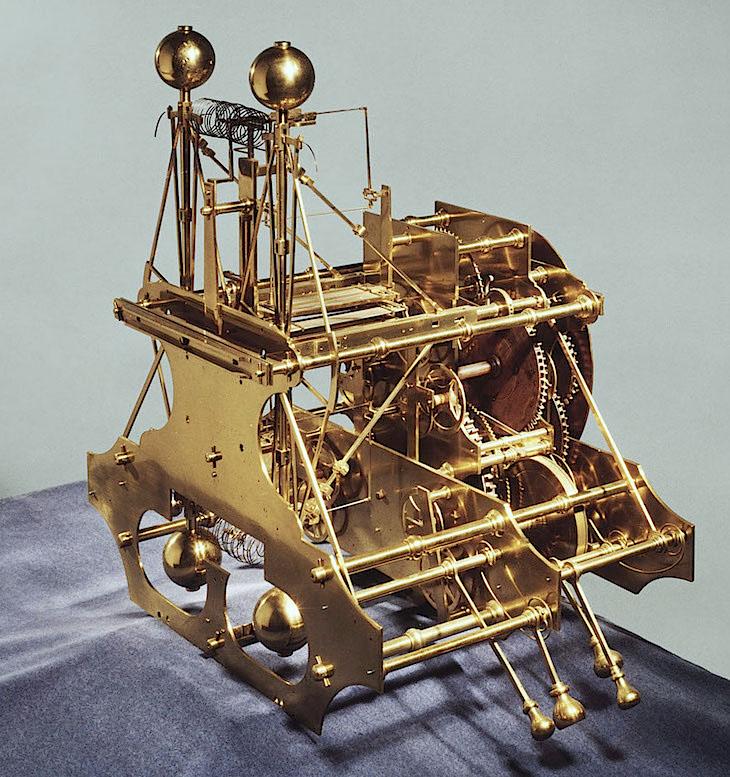 Latitudes et longitudes, les instruments de mesure du temps pour les voyages : chronomètre de marine, cadrans solaires et boussoles du XVIIIe siècle Large-12