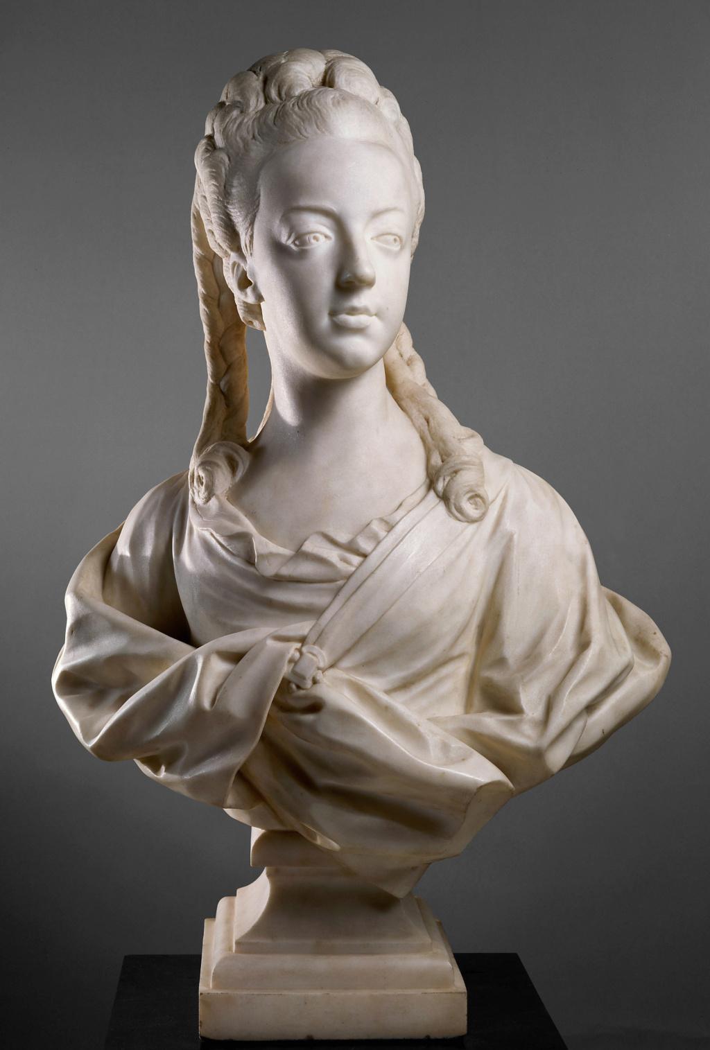 Buste de Marie-Antoinette par Jean-Baptiste Lemoyne Lemoyn10