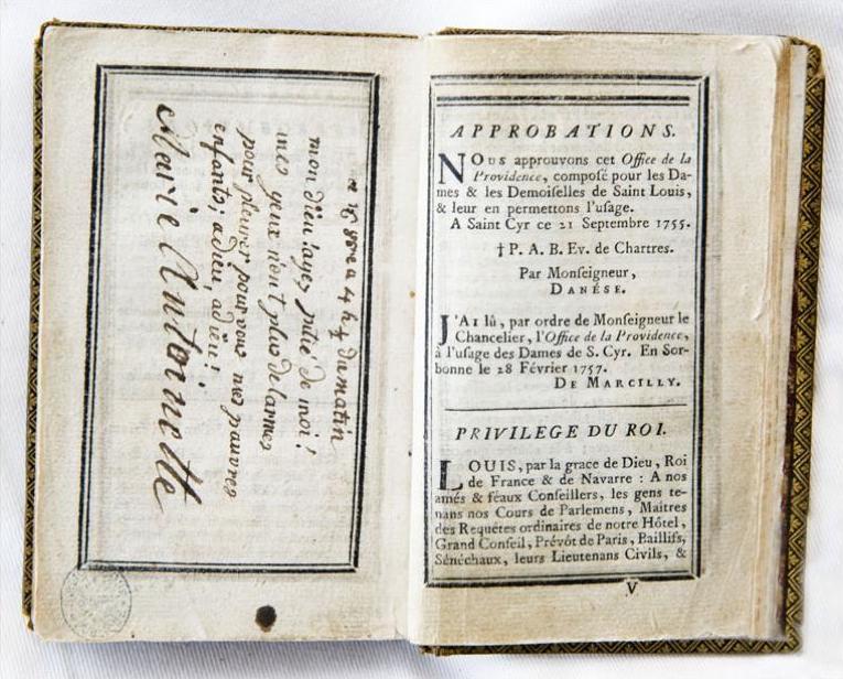billet - Le billet du 16 octobre 1793 attribué à la reine  Livre_12