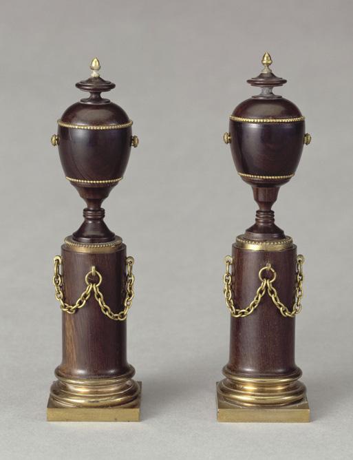 Figurines sédicieuses : portraits cachés de Marie-Antoinette et Louis XVI Louvre27