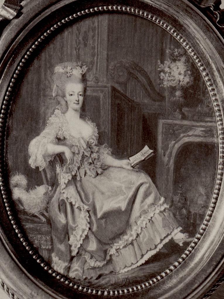 Marie Antoinette, miniatures attribuées à ou d'après François Dumont - Page 2 Marie-13