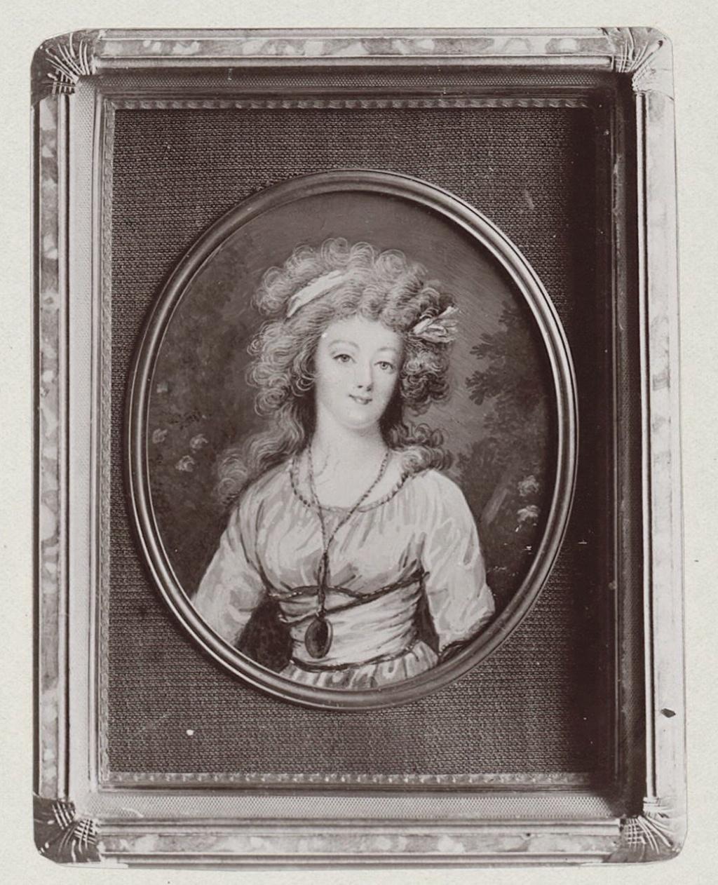 Marie Antoinette, miniatures attribuées à ou d'après François Dumont - Page 2 Marie-86