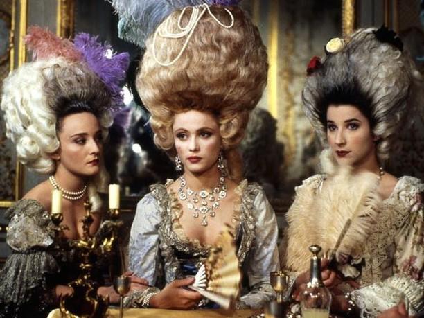 Téléfilm Les Jupons de la Révolution (1989) : Marie-Antoinette reine d'un seul amour  Marie107