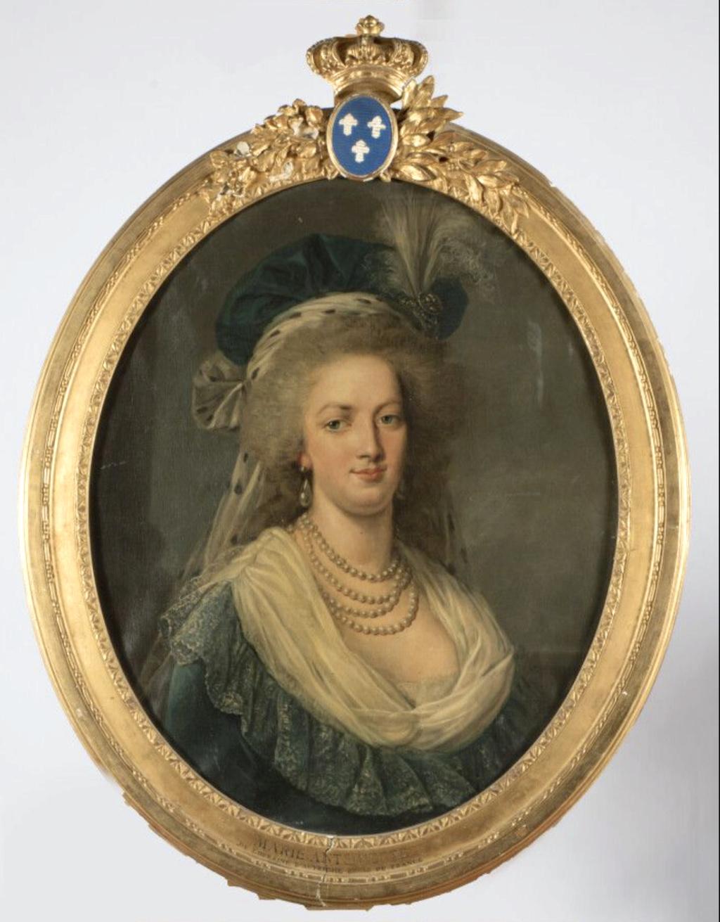 Portraits de Marie-Antoinette au livre, en robe bleue, par Vigée Le Brun (1785 - 1788 ?) - Page 2 Marie_37