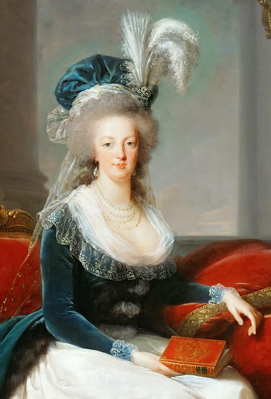 livre - Portraits de Marie-Antoinette au livre, en robe bleue, par Vigée Le Brun (1785 - 1788 ?) Mariea12