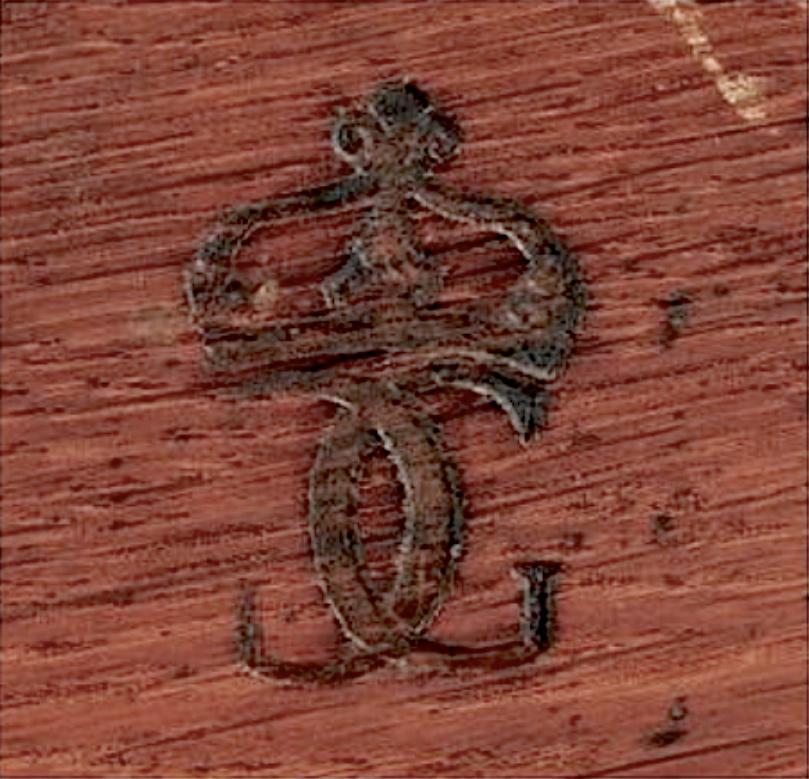 Marques du mobilier et sceau du Garde-Meuble de la reine Marie-Antoinette Marque13