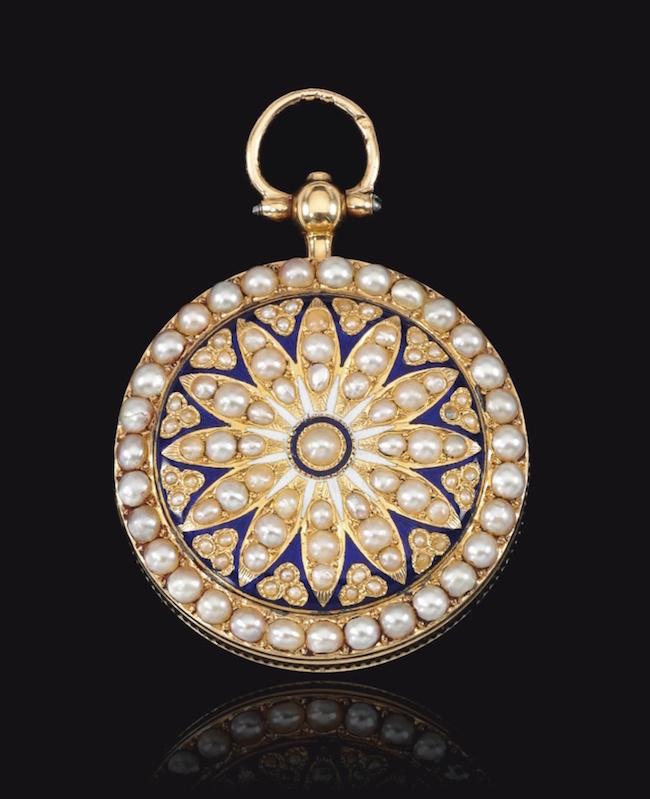 Bijoux de Marie-Antoinette : perles et diamants des Bourbon-Parme - Page 4 Montre10