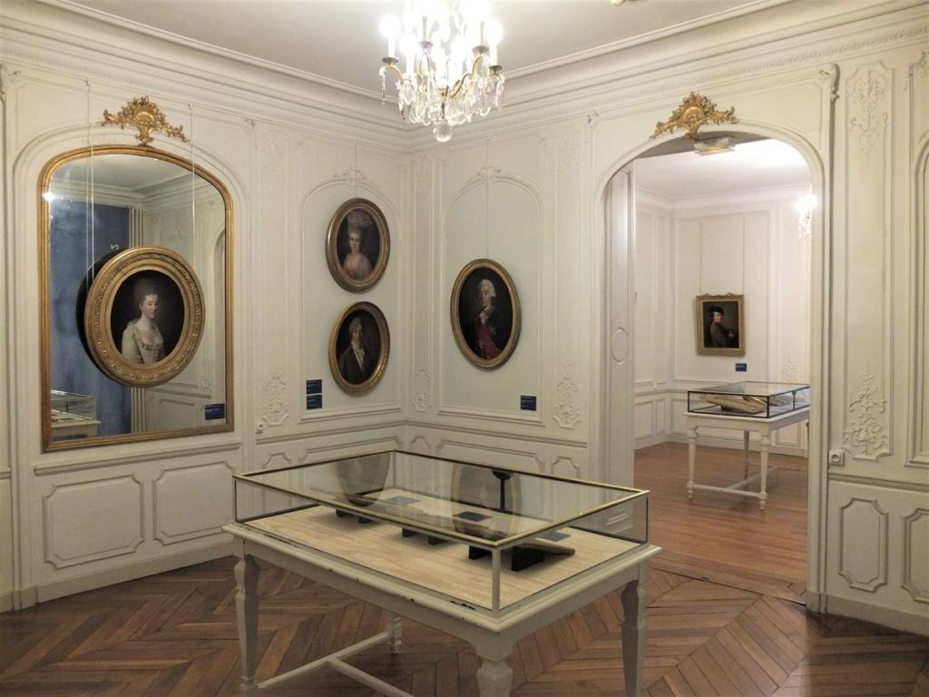 Cent portraits pour un siècle. Exposition au Musée Lambinet (Versailles) et Palais Lascaris (Nice) Ob_9ac10