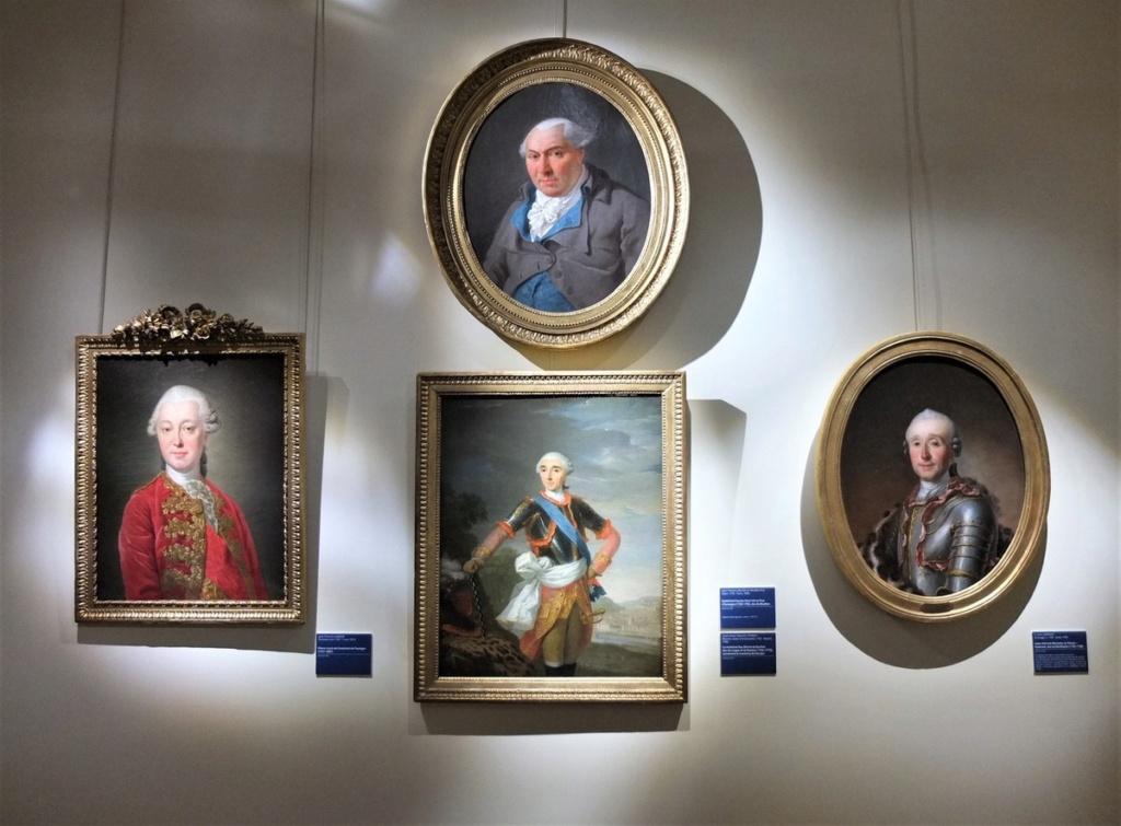Cent portraits pour un siècle. Exposition au Musée Lambinet (Versailles) et Palais Lascaris (Nice) Ob_c7010