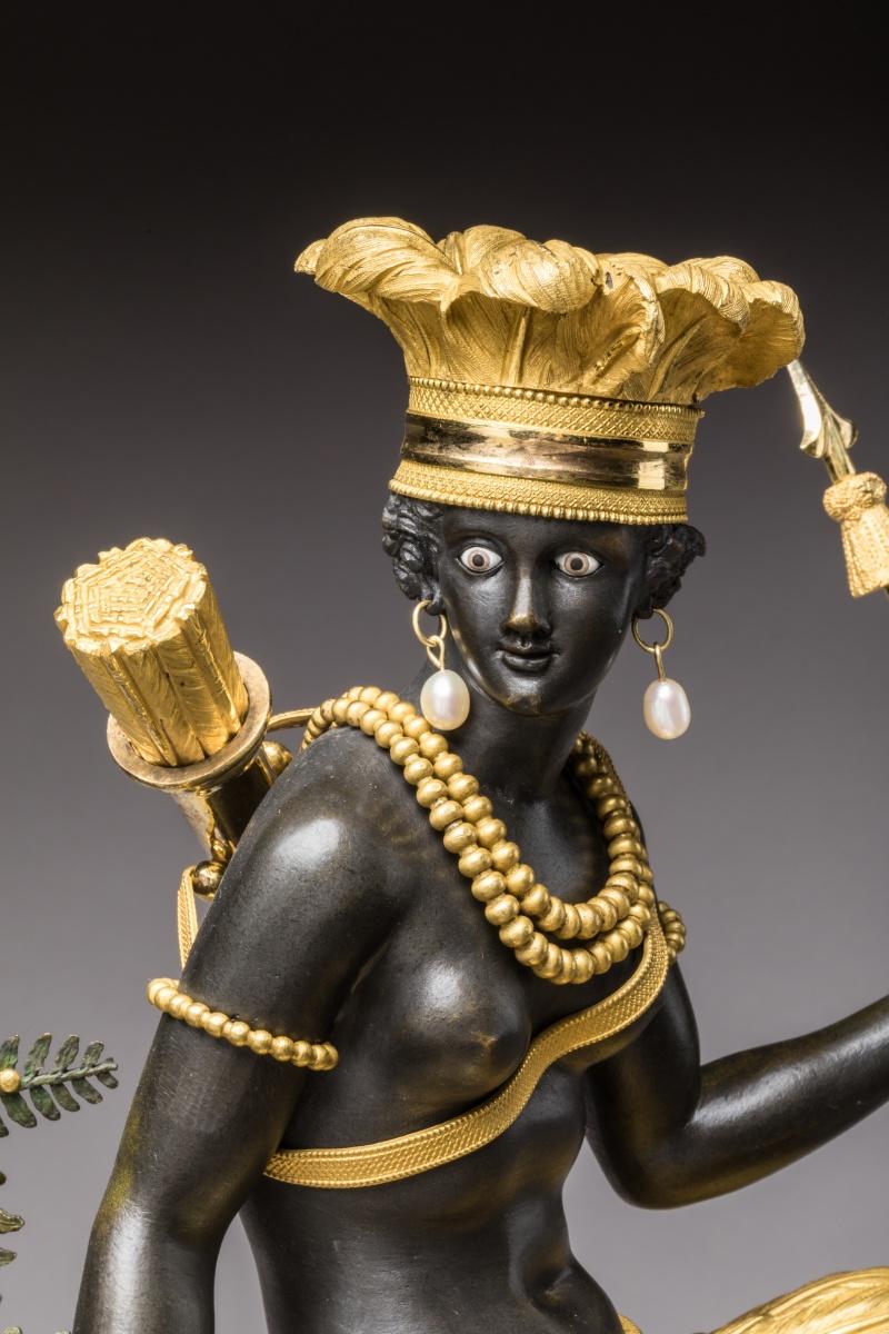 """Les pendules dites """"Au bon sauvage"""" et les créations de Jean-Simon Deverberie : L'Afrique et l'Amérique P1002011"""