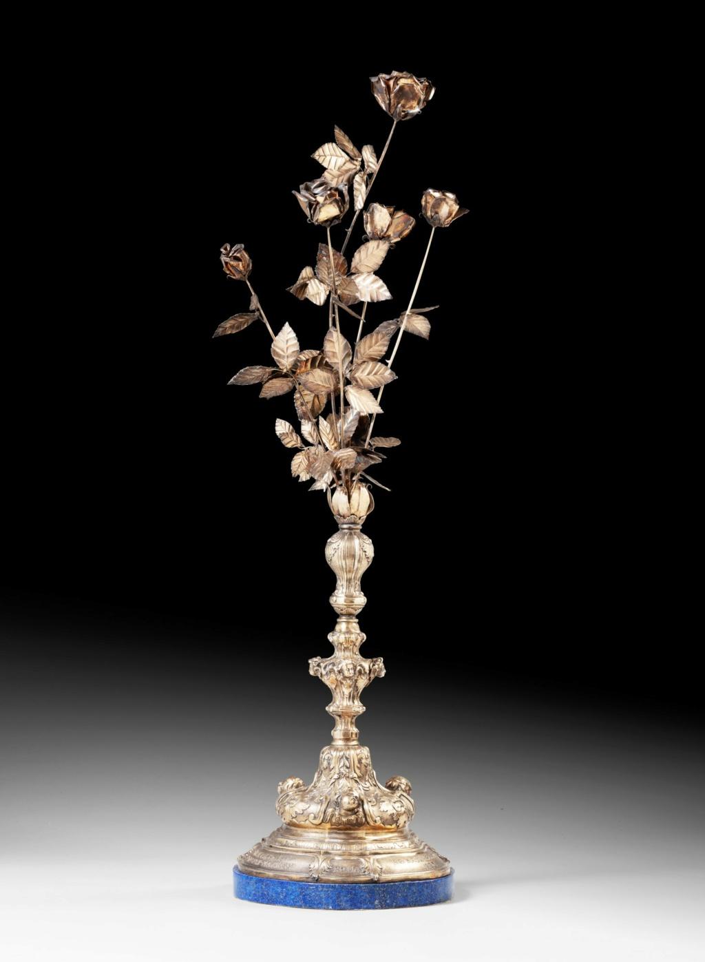 Les Roses d'or ou Roses bénites. L'exemplaire offert par le pape Clément XIV à la reine Marie-Caroline de Naples Pf214113
