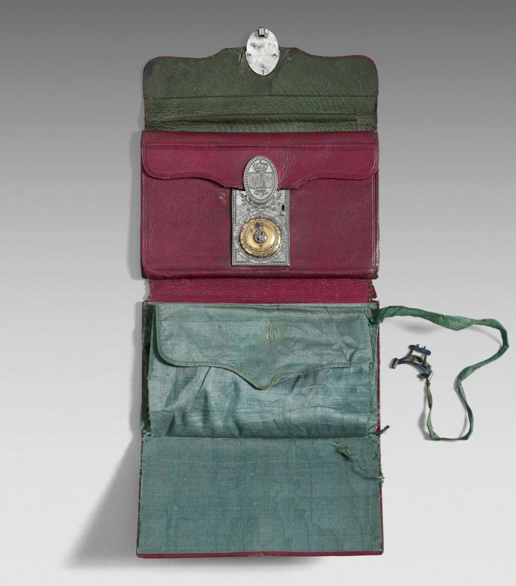 Portefeuilles aux armes de Marie-Antoinette, dauphine. Portef12