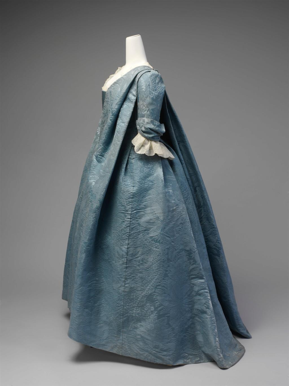 Les robes de grossesse au XVIIIème siècle Robe_v10