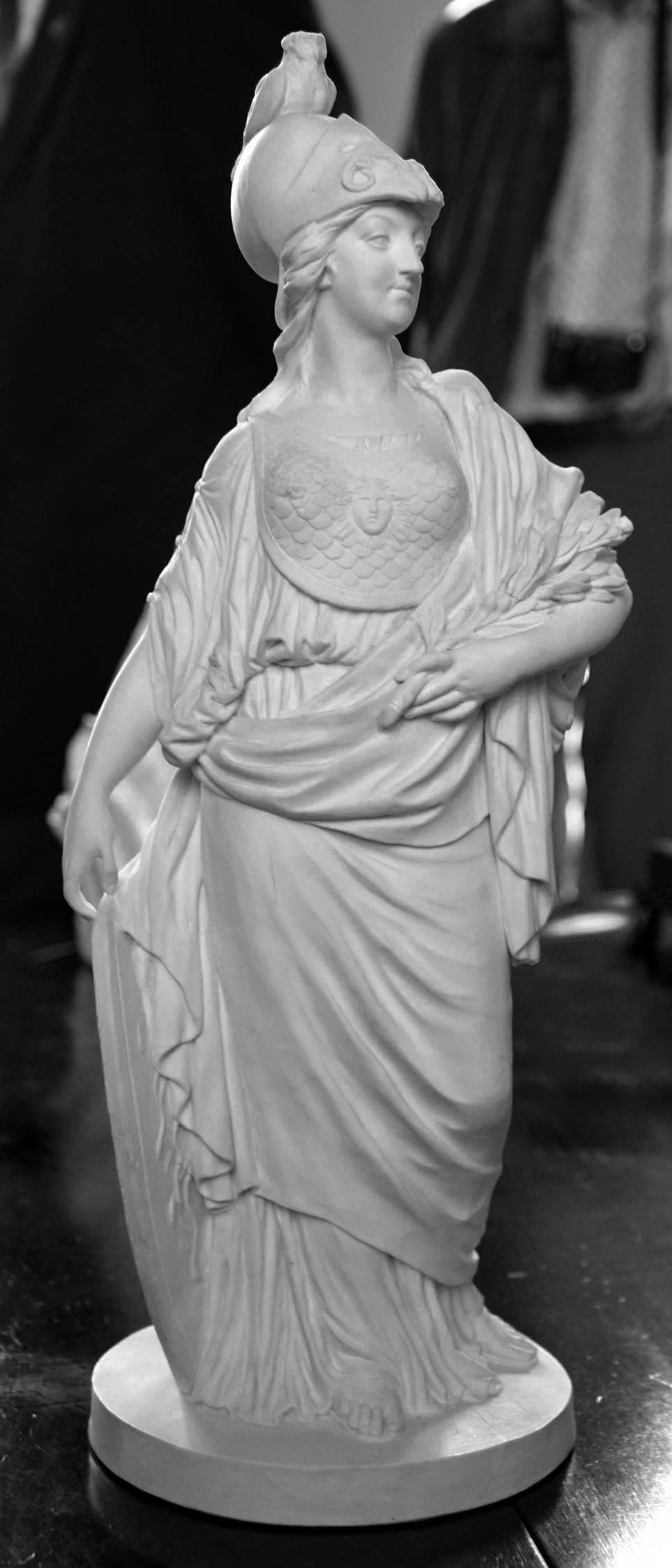 Marie-Antoinette en Minerve, par Josse-François-Joseph Le Riche  Schnoi10