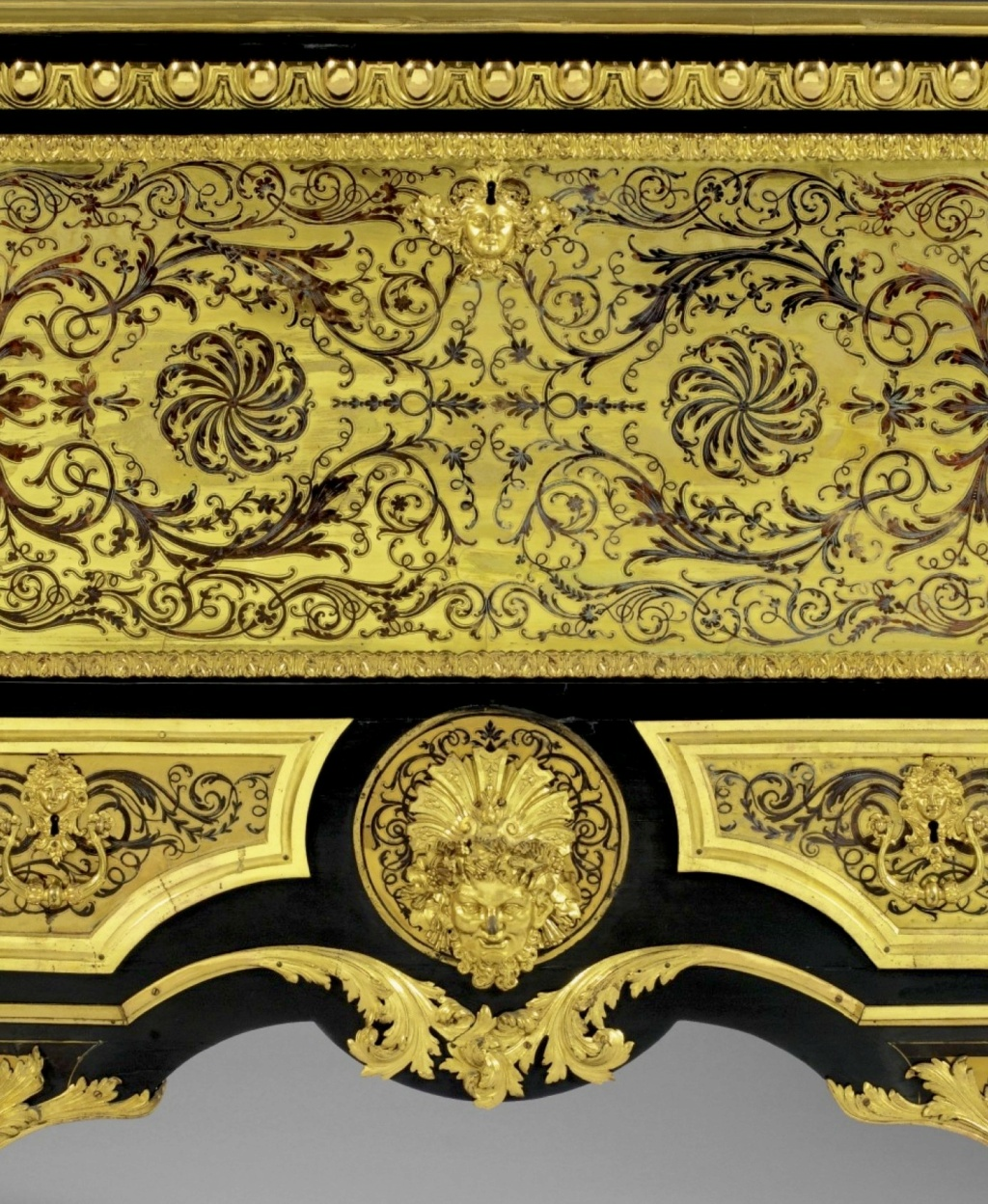 Le mobilier et le renouveau du « style Boulle » dans les années 1770-1780 : Etienne Levasseur et Adam Weisweiler Sotheb68