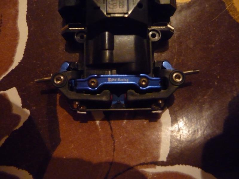 Barre anti-roulis pour MR03 P1090432