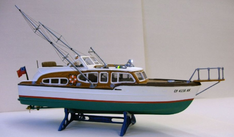 Sport Fishing Boat von Revell mit RC Imag0011