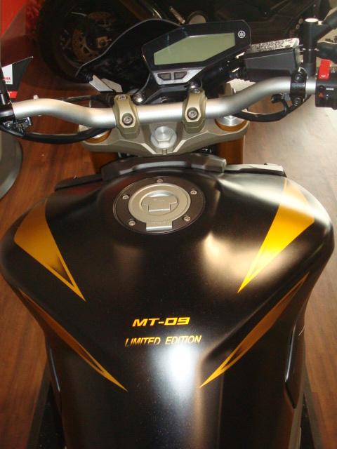 Petite prépa réalisé par le concess Yamaha de Poitiers (MotoStart) Dsc09914