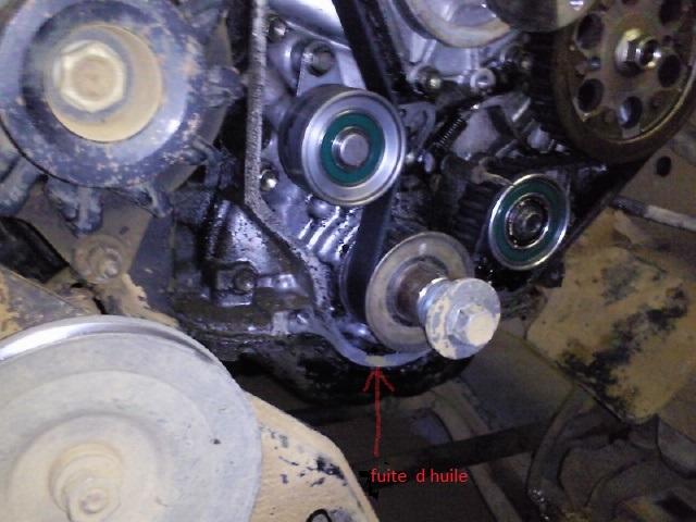 Fuite joint carter huile sur lj 73.  Photo127