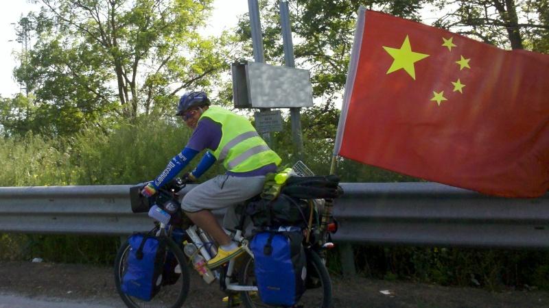 Danimarca Italia India Cina in bicicletta è il viaggio avventura di un giovane cinese. Taglio11