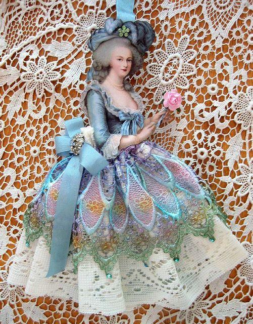 Poupées et jouets Marie Antoinette 1f321710