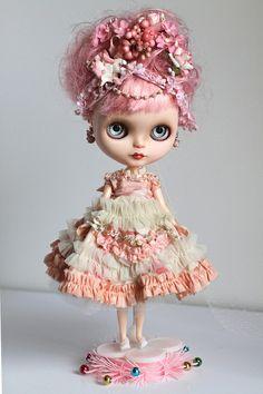 Poupées et jouets Marie Antoinette 1fe3fe10