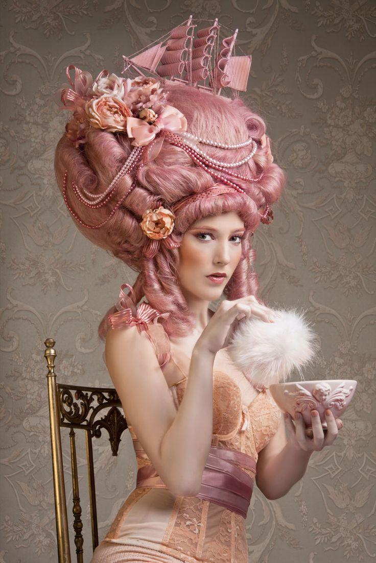 Marie Antoinette icône de la mode - Page 2 2005aa10