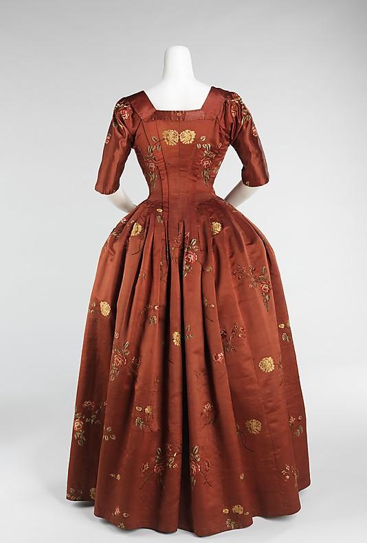 robes XVIIIe: styles, couleurs et matières  69_78_12