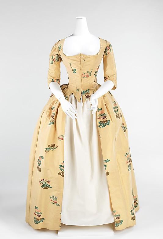 robes XVIIIe: styles, couleurs et matières  73_3_110