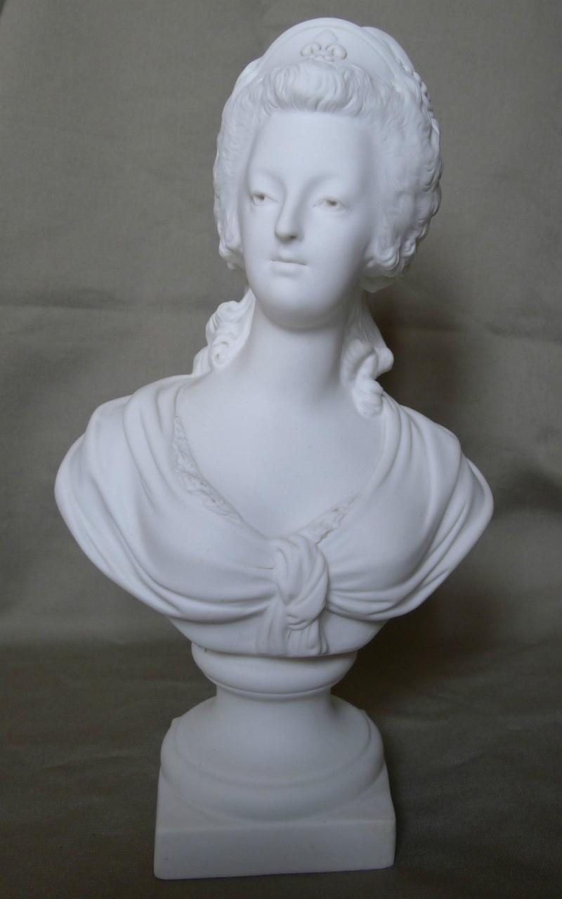 A vendre: bustes Marie Antoinette _5711