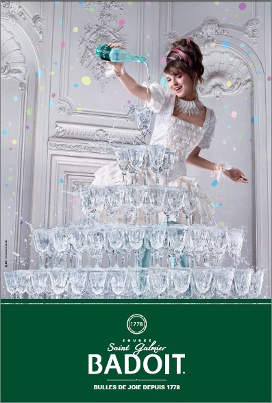 Marie Antoinette objet marketing - Page 21 Badoit10