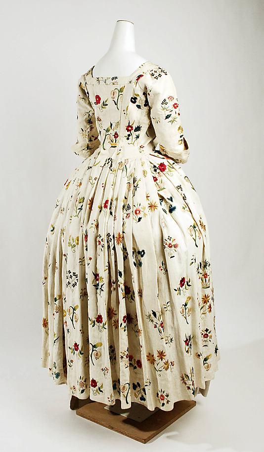 robes XVIIIe: styles, couleurs et matières  Ci66_311