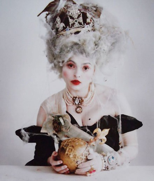 Quand Helena Bonham Carter se prend pour Marie Antoinette D4cdda10