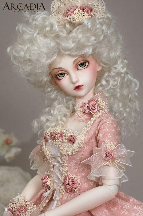 Poupées et jouets Marie Antoinette Edae0010
