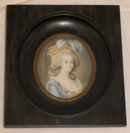 A vendre: miniatures de Marie Antoinette et de ses proches Img-we12