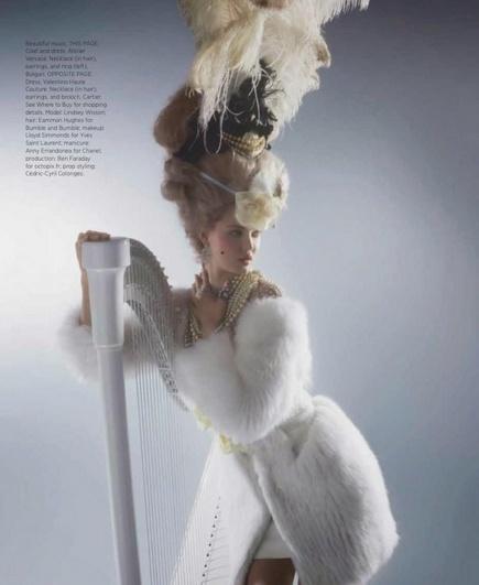 Marie Antoinette icône de la mode - Page 2 Karl610