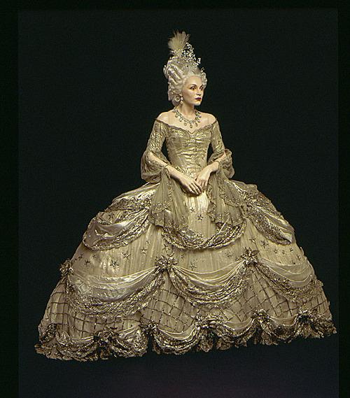 Marie Antoinette avec Norma Shearer (Van Dyke) - Page 6 Marie111