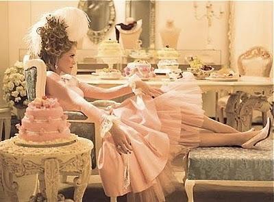 Que penser du Marie Antoinette de Sofia Coppola? - Page 3 Mariea21