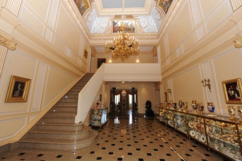 Collection et petit Trianon de Richard Baron Cohen  Oyster13