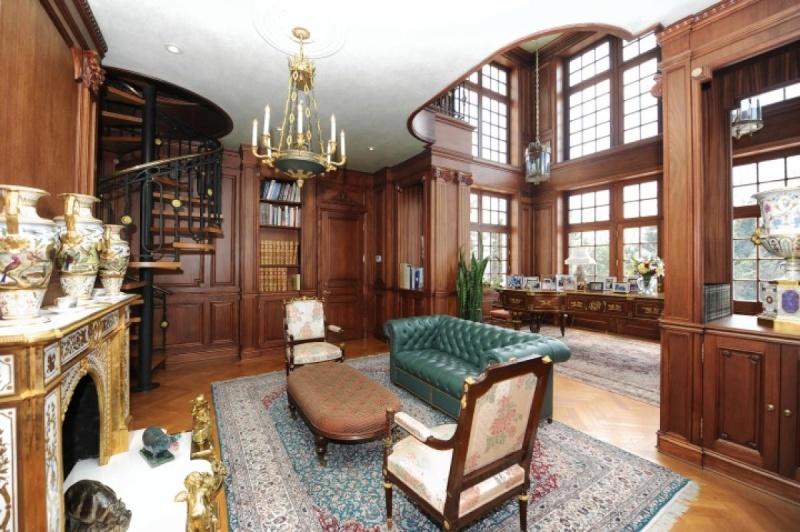 Collection et petit Trianon de Richard Baron Cohen  Oyster14
