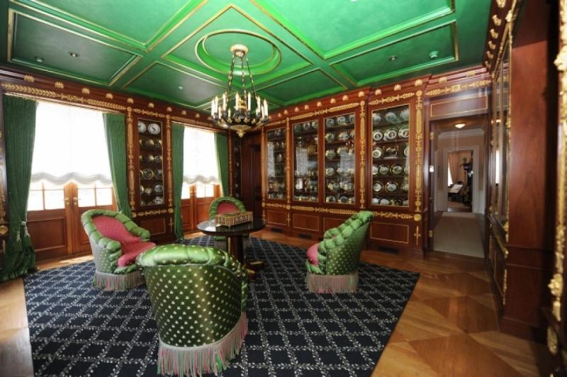 Collection et petit Trianon de Richard Baron Cohen  Oyster17