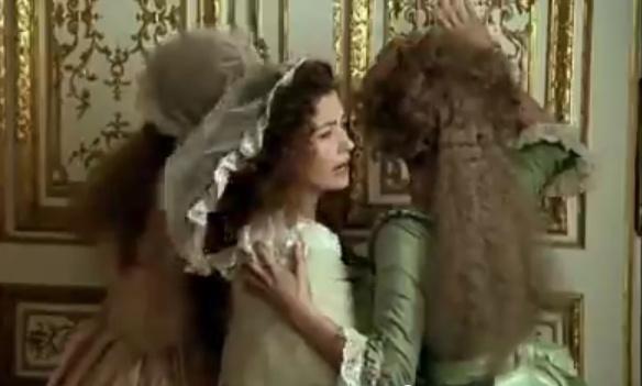 Les Années Lumières (Enrico) et Les Années Terribles (Heffron), avec Jane Seymour - Page 20 Porte10