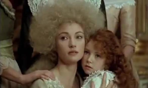 Les Années Lumières (Enrico) et Les Années Terribles (Heffron), avec Jane Seymour - Page 20 Reine_11