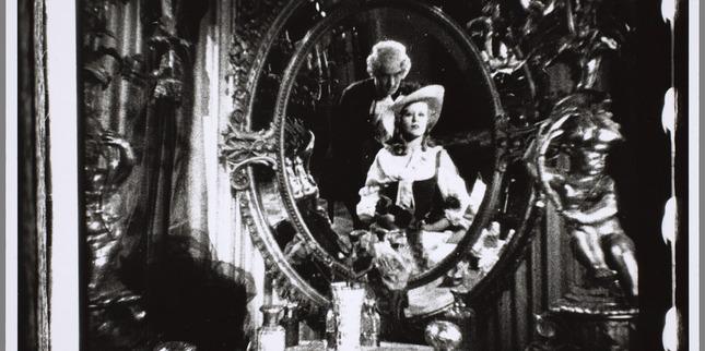 Cagliostro (Suzanne Bianchetti) réalisé en 1929 par Richard Oswald Top_ho10